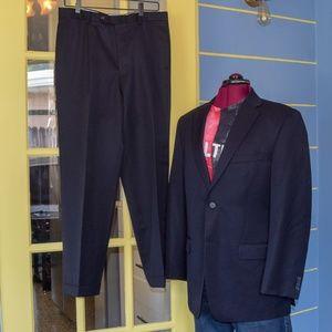 Tommy Hilfiger 2 PC suit